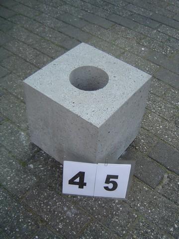 Poer 45