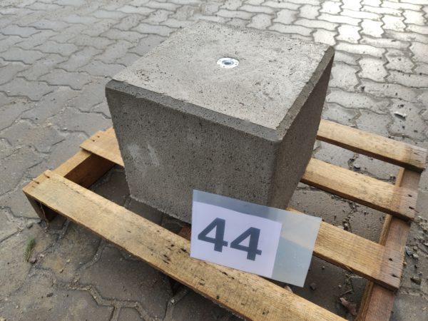 poer 44